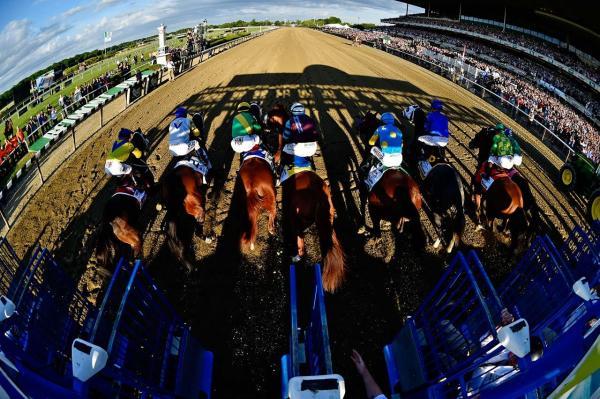 La partida del Belmont Stakes (gr. I) de 2015. La ruta a la gloria comenzaba